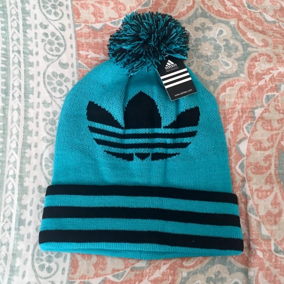 64f45575a NWT✨ Adidas Warm Winter Beanie Fleece Lined Hat NWT
